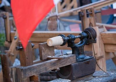 Vieux métiers - Tour à bois